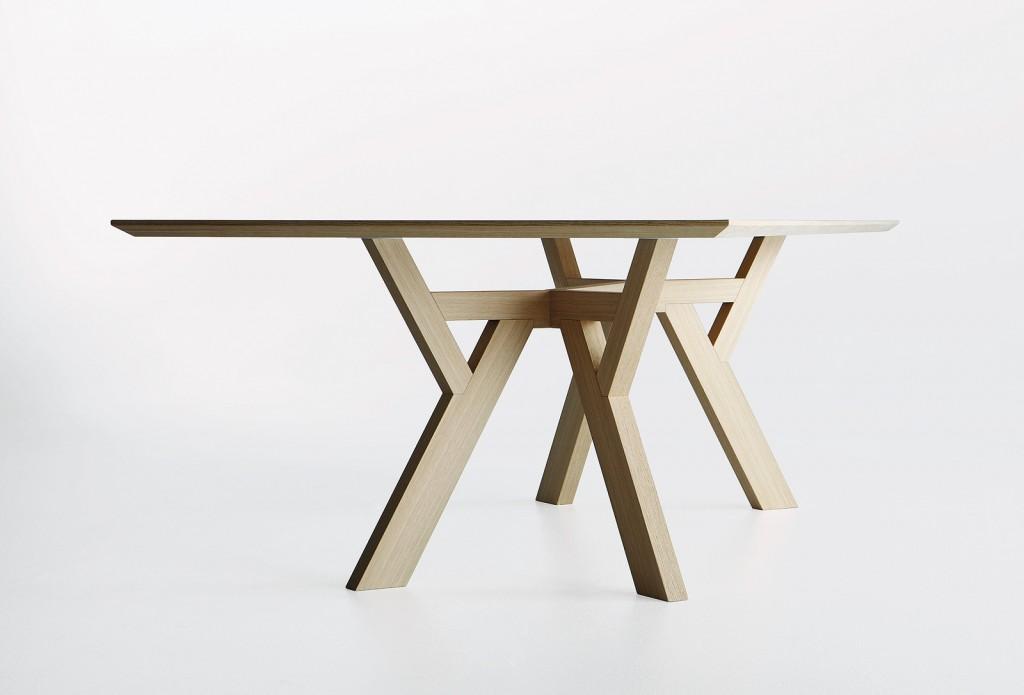 Étkezőasztalok / Trigono