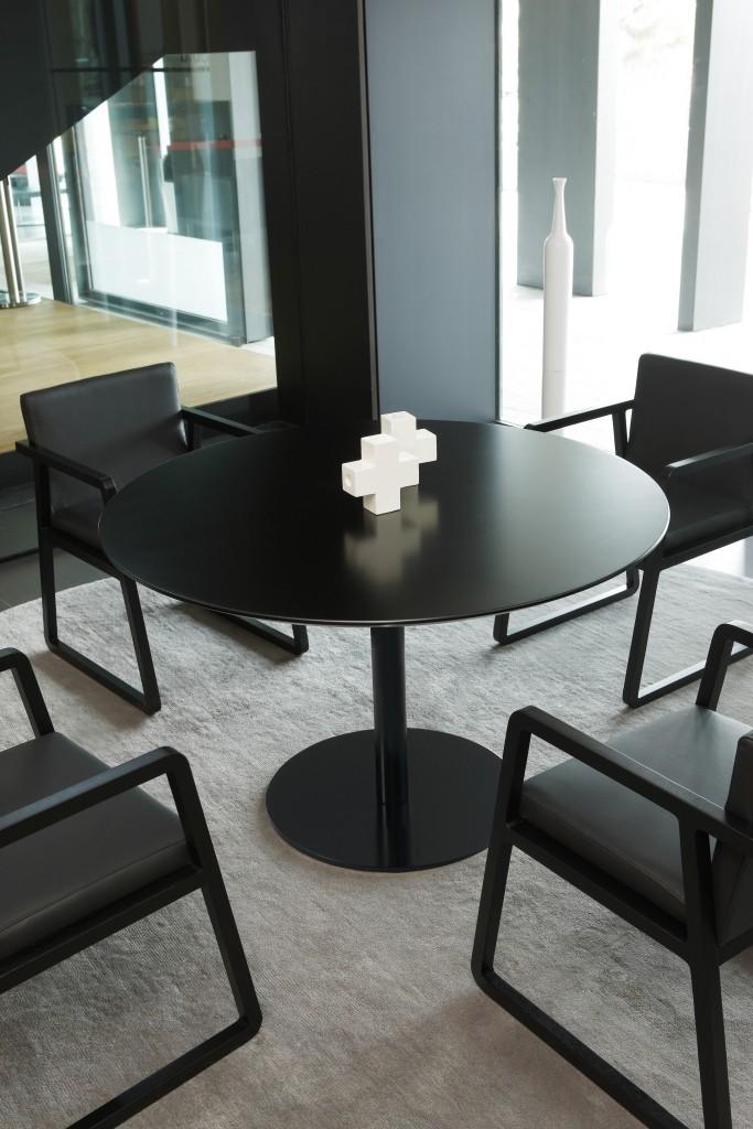 Étkezőasztalok / Vela-Dora