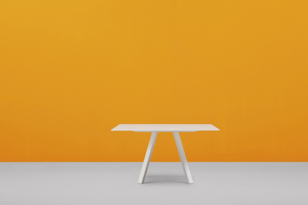 Étkezőasztalok / Arki