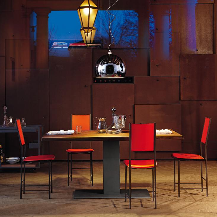 Étkezőasztalok / Elvis Wood