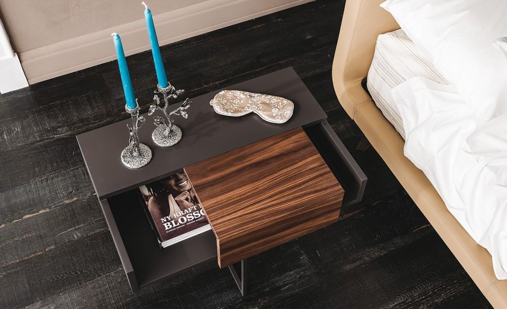 Éjjeliszekrények, Asztalkák / Dante