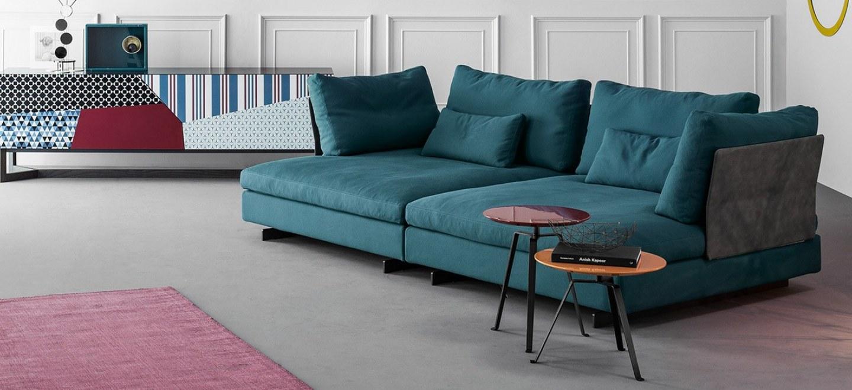 gossip3-kanapé