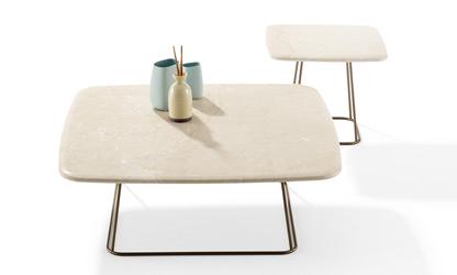 Kávézóasztalok / 1370 MANOLO