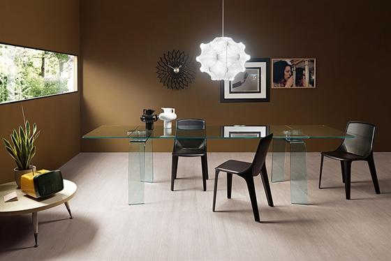 Étkezőasztalok / Kayo