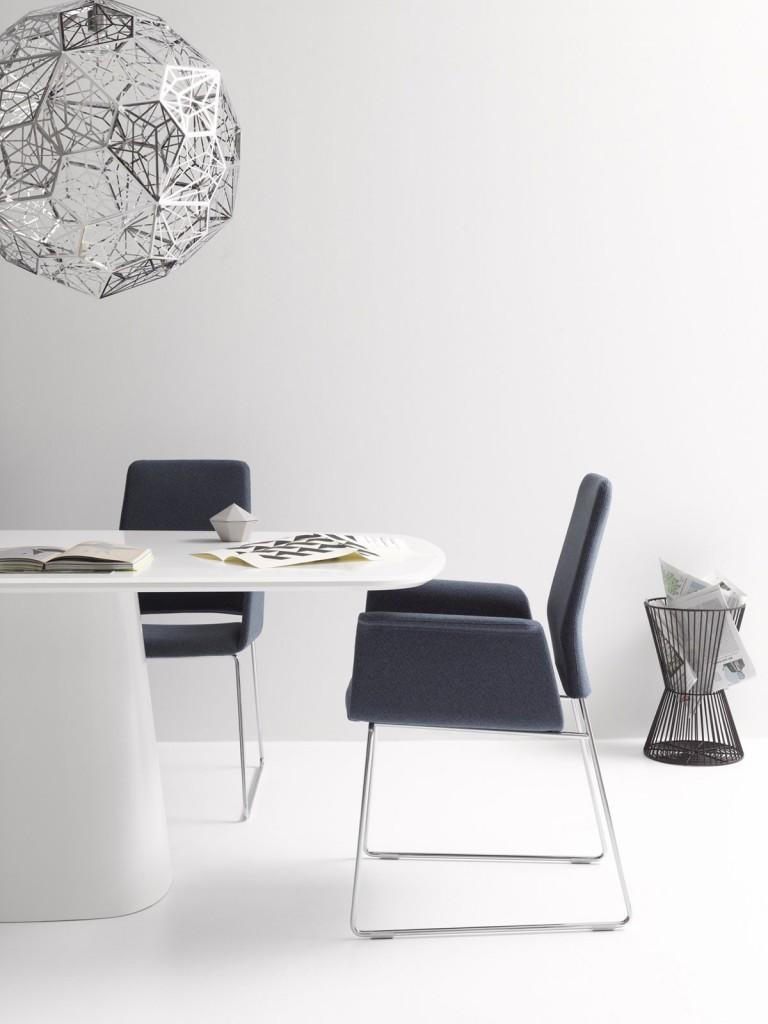 Étkezőasztalok / Conic
