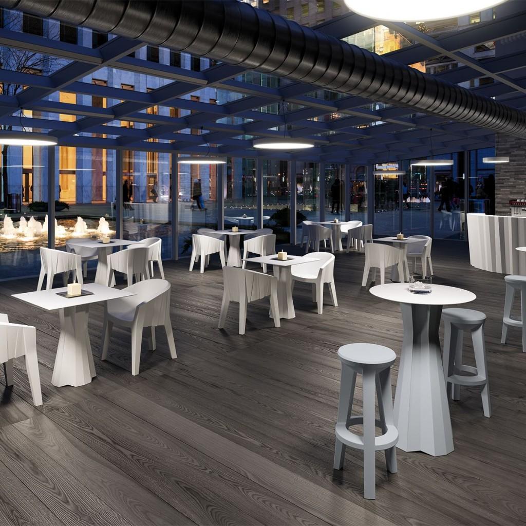 Étkezőasztalok / FROZEN DINING TABLE