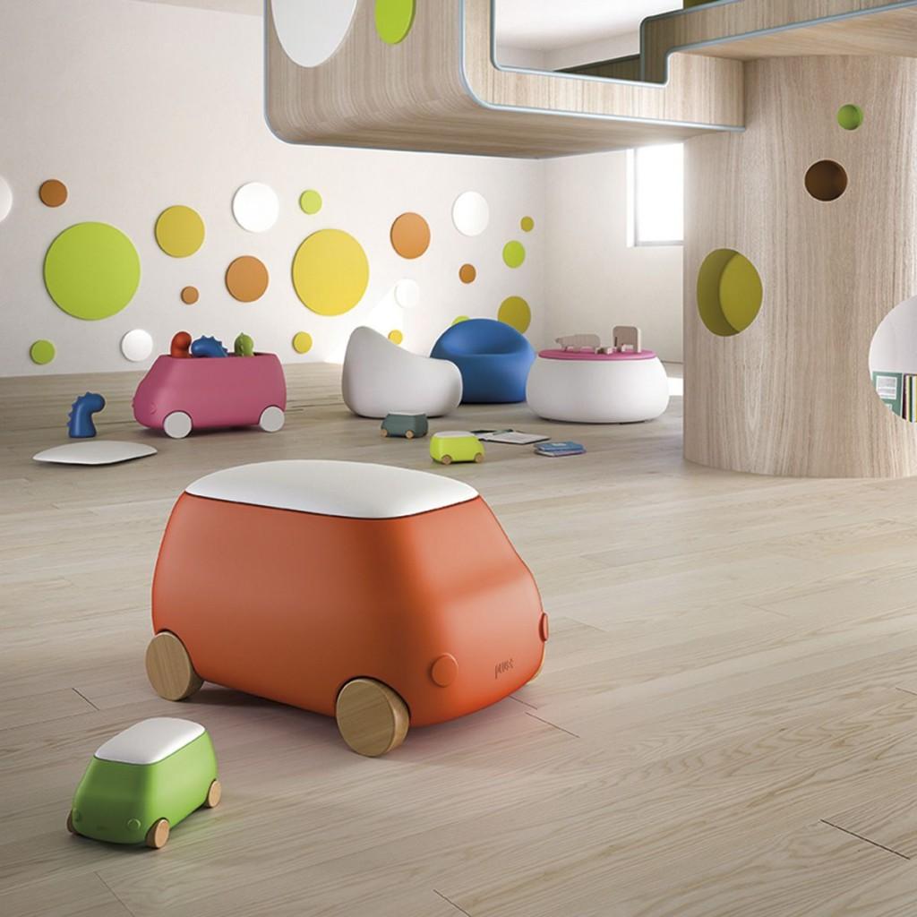 Gyerek- és Ifjúsági Bútorok / PLUST VAN