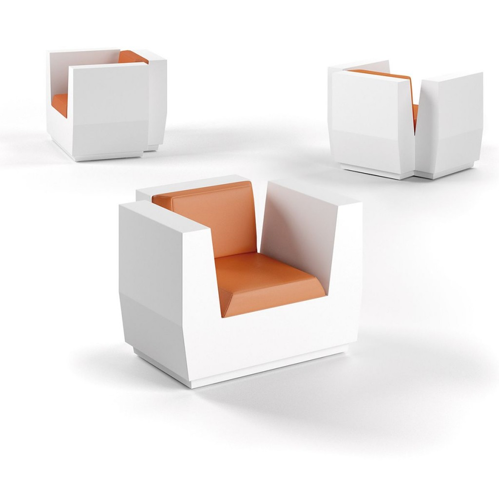 Fotelok / BIG CUT ARMCHAIR