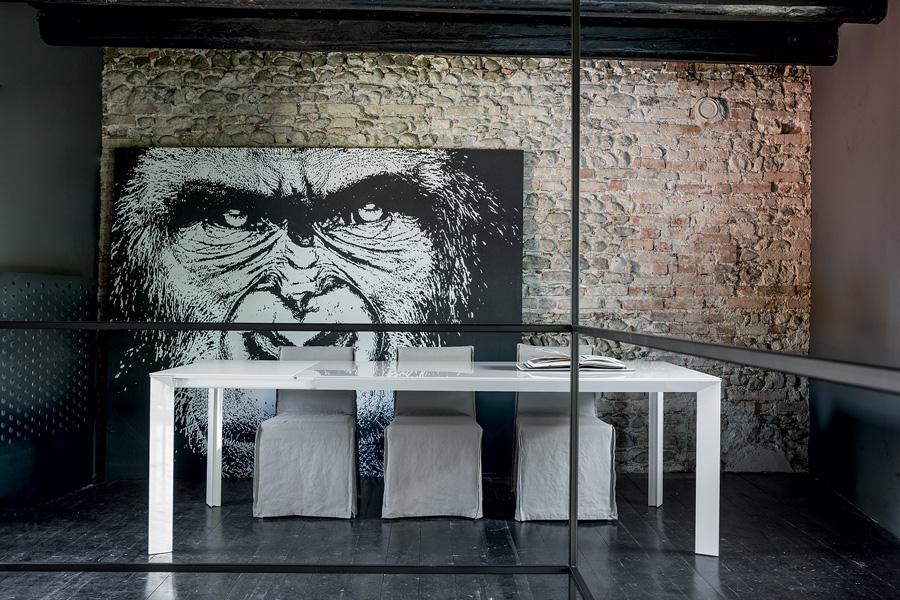 Étkezőasztalok / Diamante