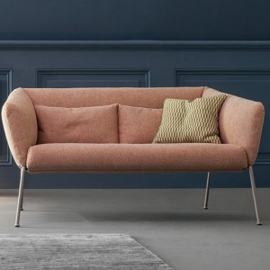 nikos-divano