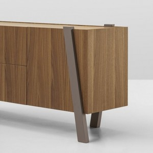 note-sideboard-01b