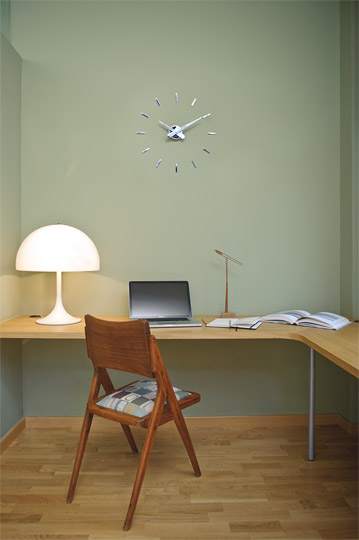 Design órák / PUNTOS SUSPENSIVOS - falióra