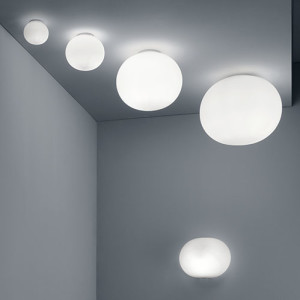 glo-ball-ceiling-wall-2-morrison-flos-30280-product-life-03-720x498