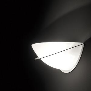 Essentials_A-8000_wall_lamp_estiluz_img_p02