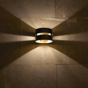 Fambuena-Luz-Oculta-Metal-Wall-Light-1