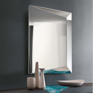 Specchio-Levante