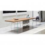 Tavolo-di-design-Cubric-in-legno-acciaio-e-cristallo-01