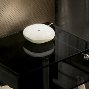Move 490275 - asztali lámpa