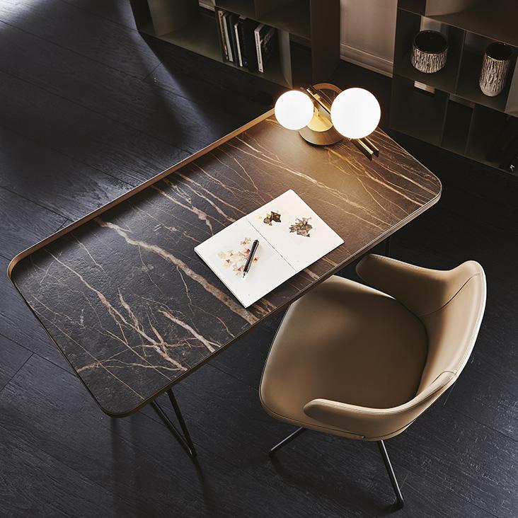 http://desidea.hu/wp-content/uploads/2019/05/WOLF-KERAMIK-íróasztal-3.jpg