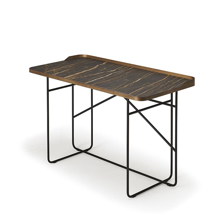 http://desidea.hu/wp-content/uploads/2019/05/WOLF-KERAMIK-íróasztal-5.jpg