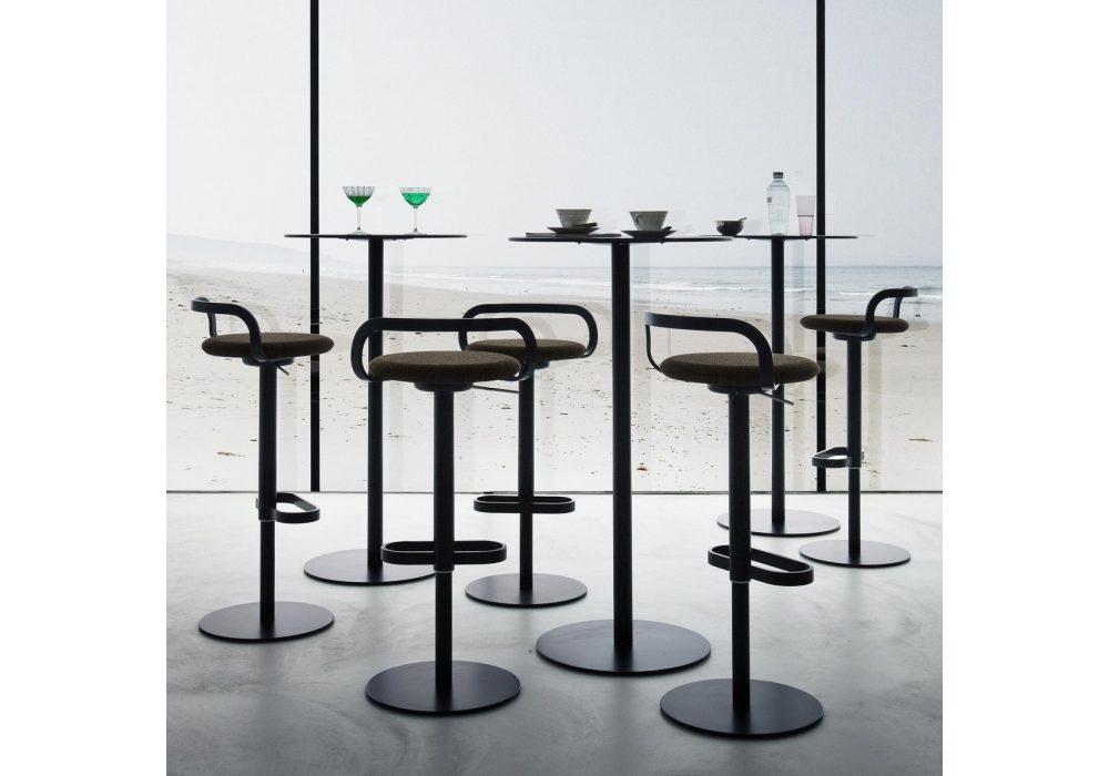 https://desidea.hu/wp-content/uploads/fly-images/129358/mak-lapalma-stool-1024x0.jpg