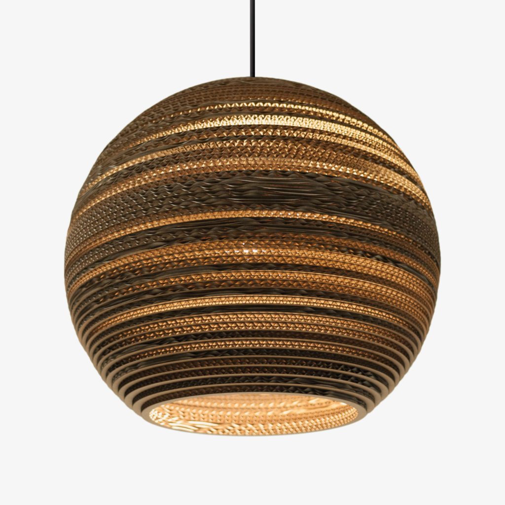 https://desidea.hu/wp-content/uploads/fly-images/132414/Moon18-Pendant-Natural-scaled-1024x0.jpg