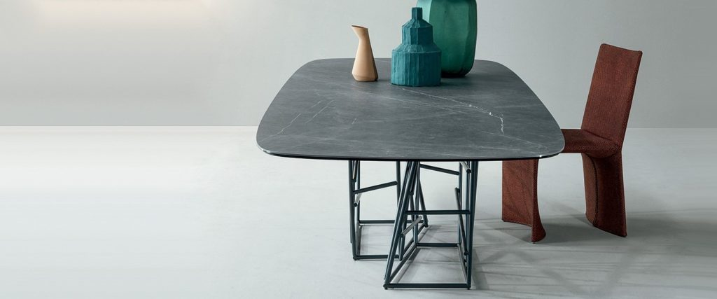 https://desidea.hu/wp-content/uploads/fly-images/151641/Tangle-étkezőasztal-2-1024x0.jpg
