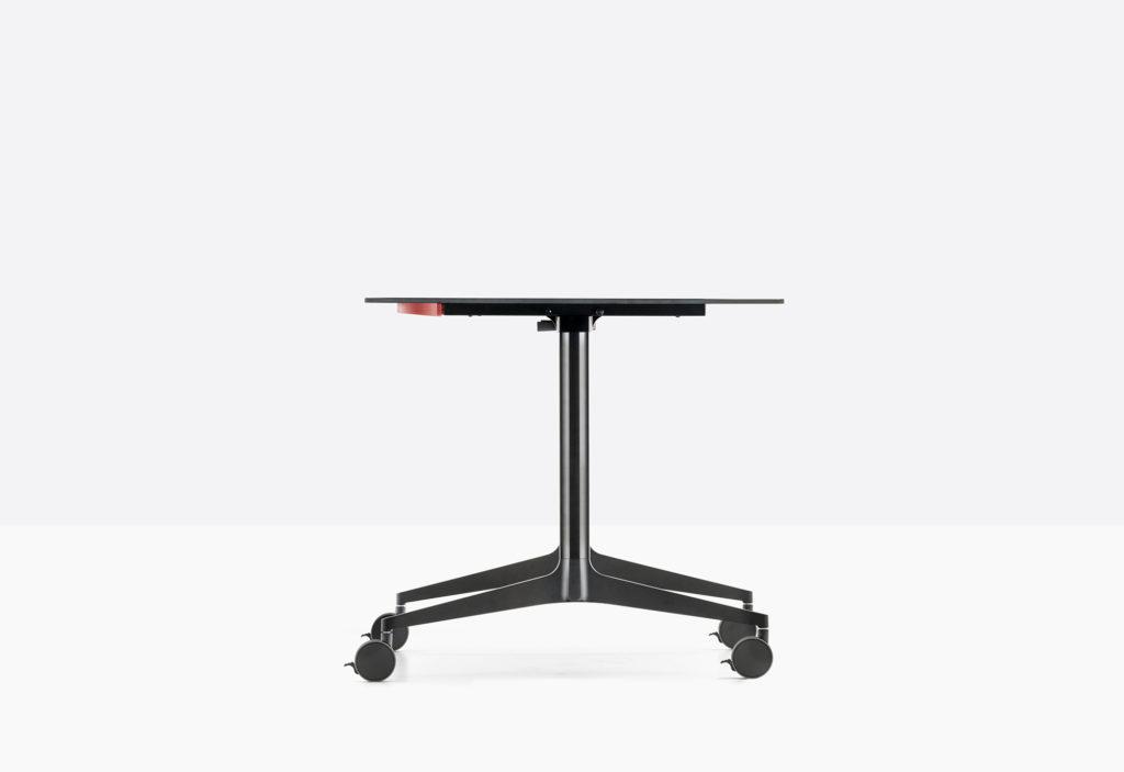 https://desidea.hu/wp-content/uploads/fly-images/159010/YPSILON-tilting-table-TYT_800-10-1024x0.jpg