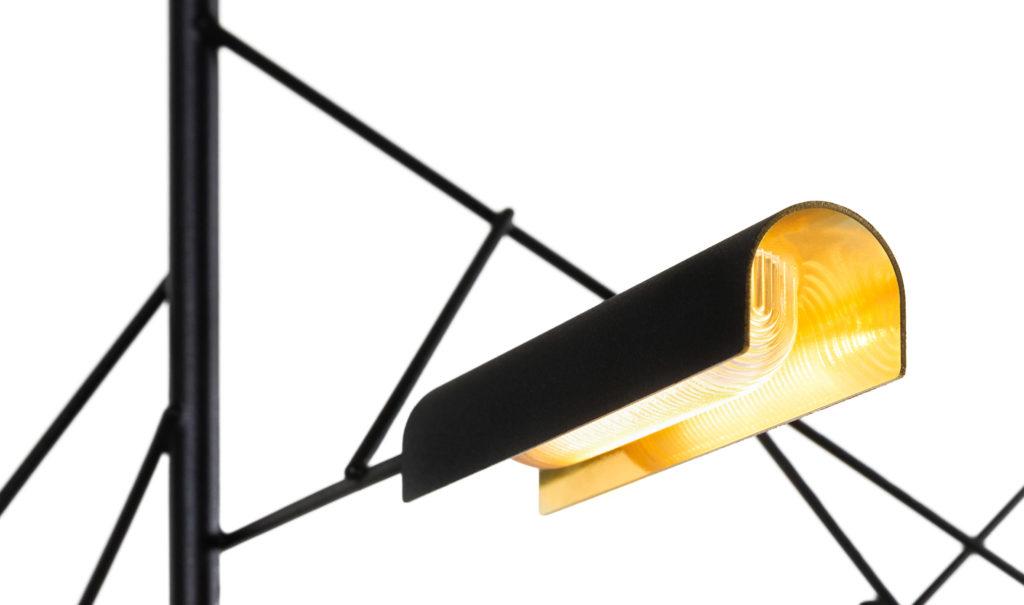 https://desidea.hu/wp-content/uploads/fly-images/159929/moooi-tinkering-fuggesztett-lampa2-1024x0.jpg