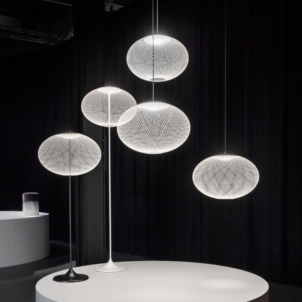https://desidea.hu/wp-content/uploads/fly-images/159994/moooi-nr2-allolampa1-1024x0.jpg