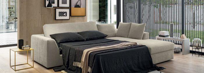 ággyá alalkítható, kinyitható, ágyazható kanapé