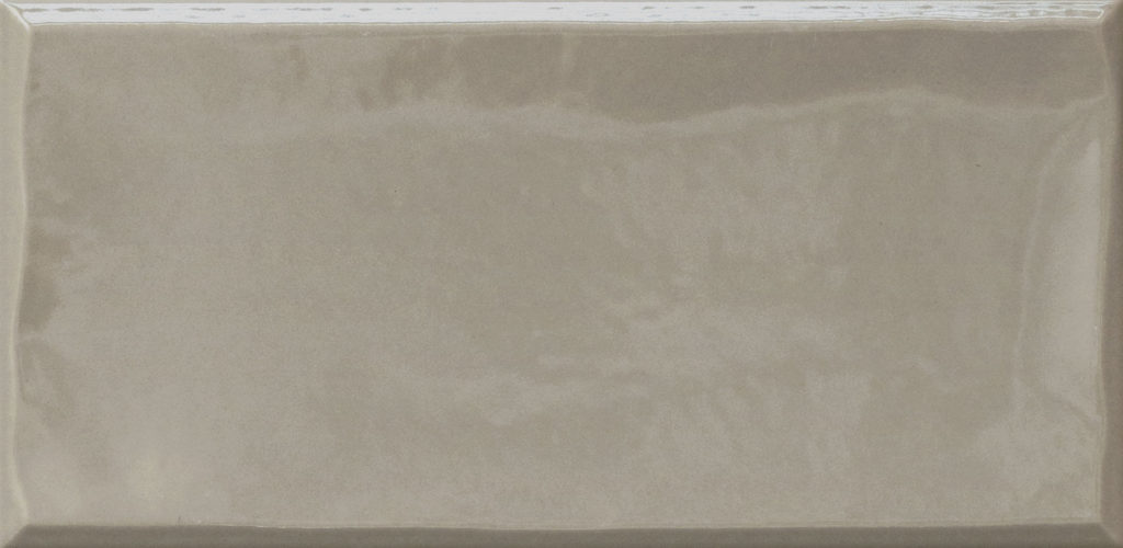 https://desidea.hu/wp-content/uploads/fly-images/162905/emilceramica-ergon-betonhatasu-gres-tr3nd-majolika-smoke-1024x0.jpg