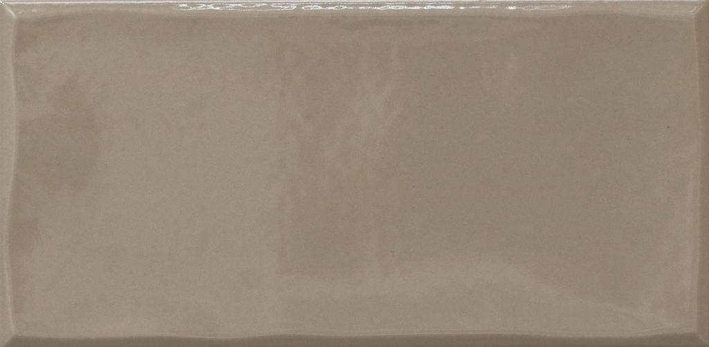 https://desidea.hu/wp-content/uploads/fly-images/162906/emilceramica-ergon-betonhatasu-gres-tr3nd-majolika-taupe-1024x0.jpg