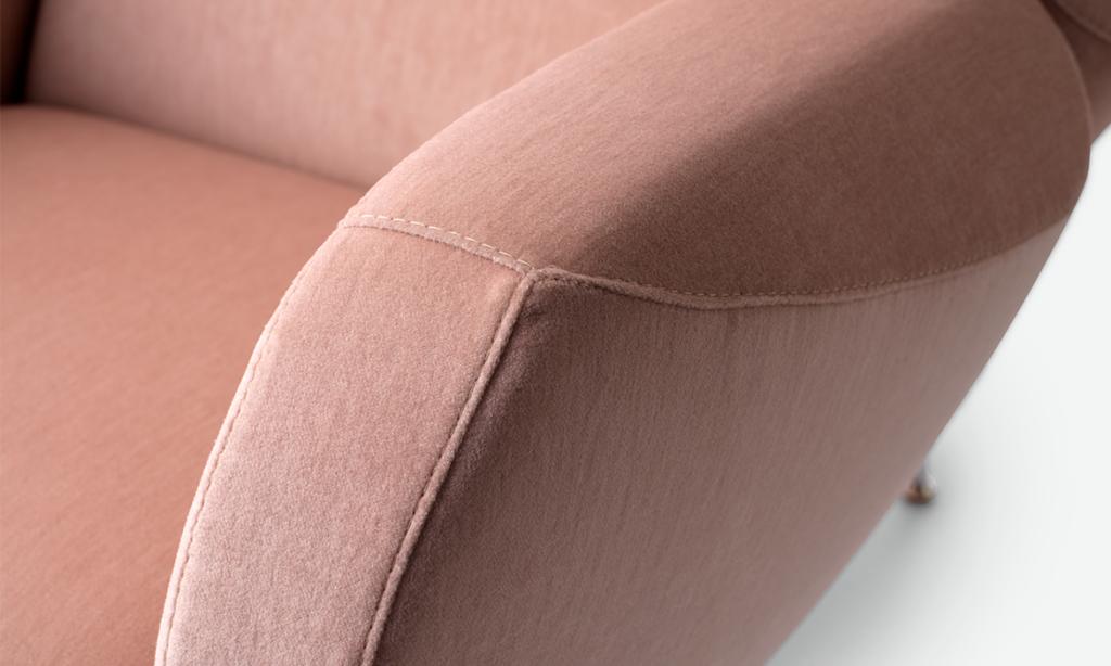 https://desidea.hu/wp-content/uploads/fly-images/164685/leolux-anton-design-fotel1-1024x0.png