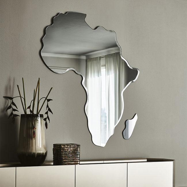 AFRICA-tükör